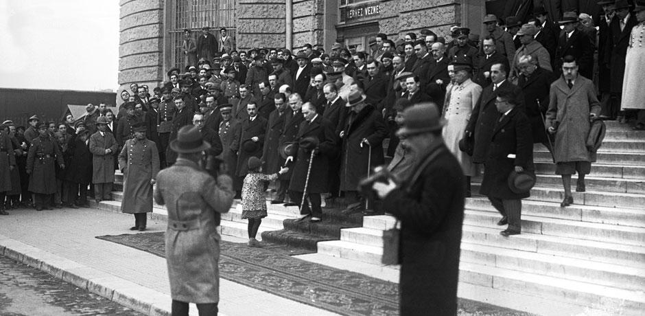 Hoş Geldin Gazi - Atatürk'ün İstanbul Günleri (1927–1938) ana resimler