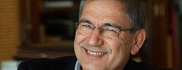 Orhan Pamuk'a St. Petersburg Üniversitesi'nden şeref doktorası