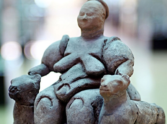Kil Ana Tanrıça heykelciği, Neolitik Dönem,  Anadolu Medeniyetleri Müzesi