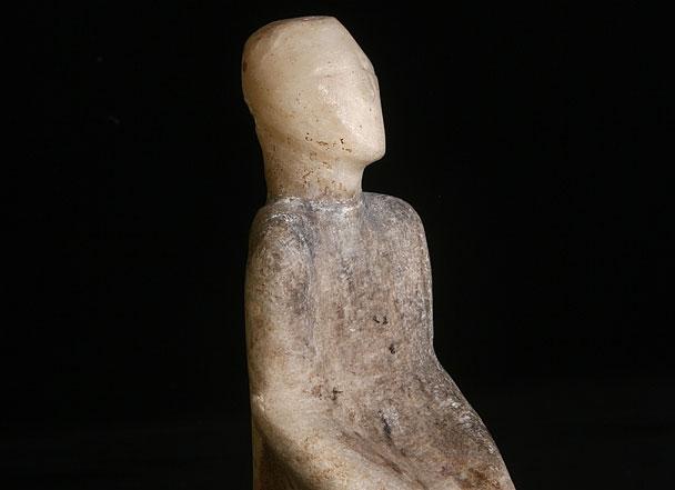 İnsan heykelciği, taş, Neolitik Dönem,  Anadolu Medeniyetleri Müzesi