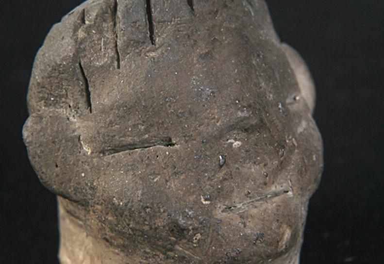 Figürin başı, kil, Konya Arkeoloji Müzesi