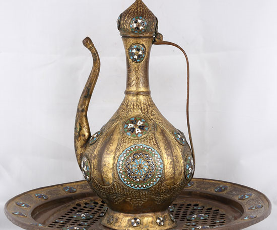 Tombak Mine işlemeli Leğen - Semahat ve Nusret Arsel Koleksiyonu