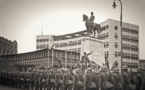 Ataturk's funeral rites in Ulus Square, Ankara, 1938. Yapı Kredi Historical Archive