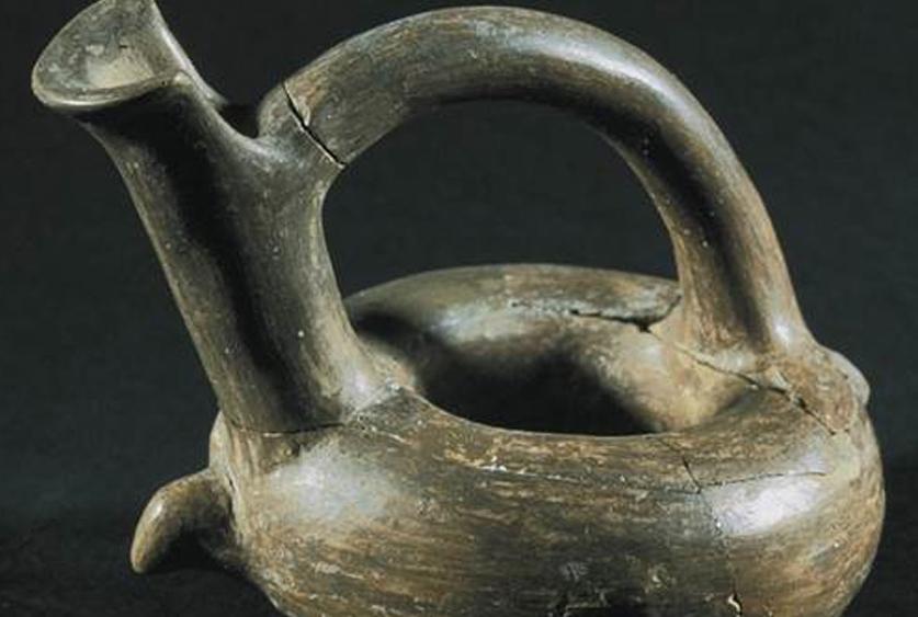 Kernos, Troia II, MÖ 2550-2350, pişmiş toprak, İstanbul Arkeoloji Müzeleri