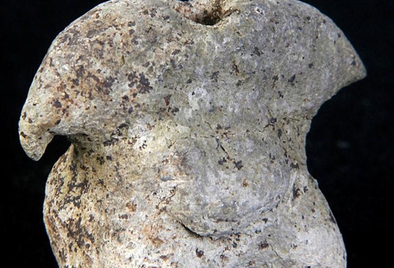 Kil Ana Tanrıça heykelciği, Neolitik Dönem,  Konya Arkeoloji Müzesi