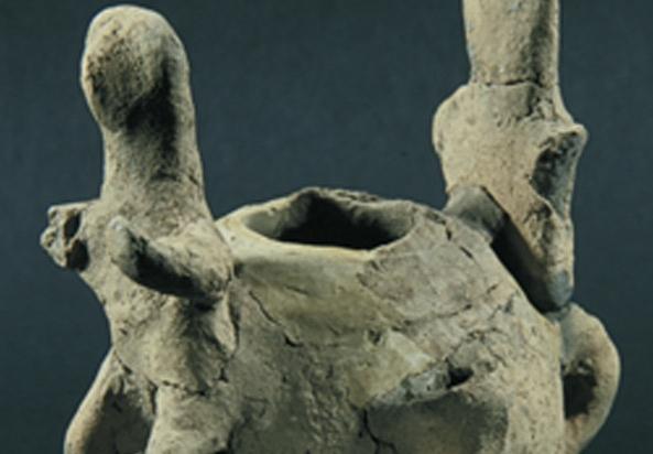 Figürinli kap, Troia II, MÖ 2550-2350, pişmiş toprak, Çanakkale Arkeoloji Müzesi
