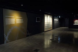 SARMAL - Yapı Kredi Koleksiyonlarından Bir Seçki