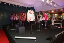 Sahne Kıyafetleri