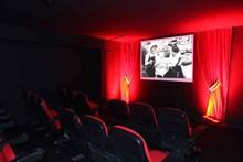 Sergi için kurulan sinema salonundan görünüm