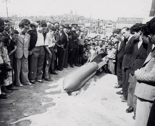 Selahattin Giz (1914-1994), Tatbikat/Operation, 1941-1945