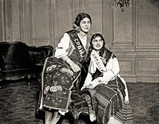 Svetozar Grdijan: Serbian and Croatian beauty queens in their traditional costumes, near Belgrade, around 1930. Borba Fotodokumentacija