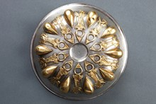 Altın ve gümüş karışımı omphaluslu phiale (göbekli hamam tası)