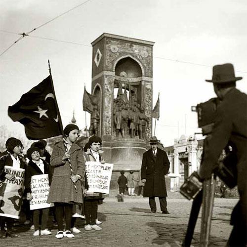 Osmanlı Sonrasında Devinen Şehirler