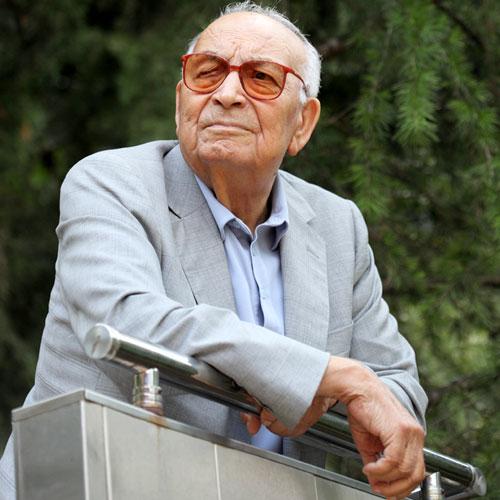 Yaşar Kemal'i Anıyoruz