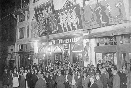 Şehzadebaşı Ferah Tiyatrosu, Ocak 1932. (Cengiz Kahraman Arşivi)