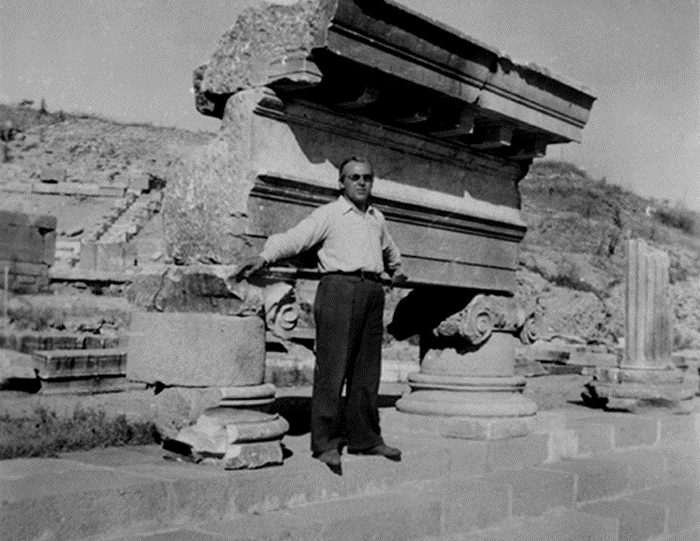 Bergama Asklepron, 1943