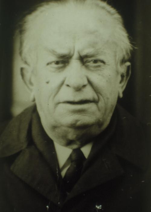 Mahmut Özay